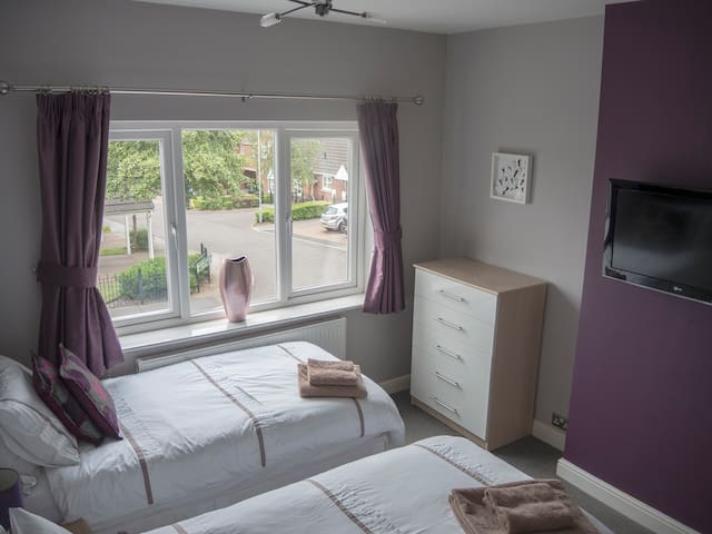 The twin room with extremely comfortable, zip and link beds which can stay as 2 single beds or zip together to make a double bed.