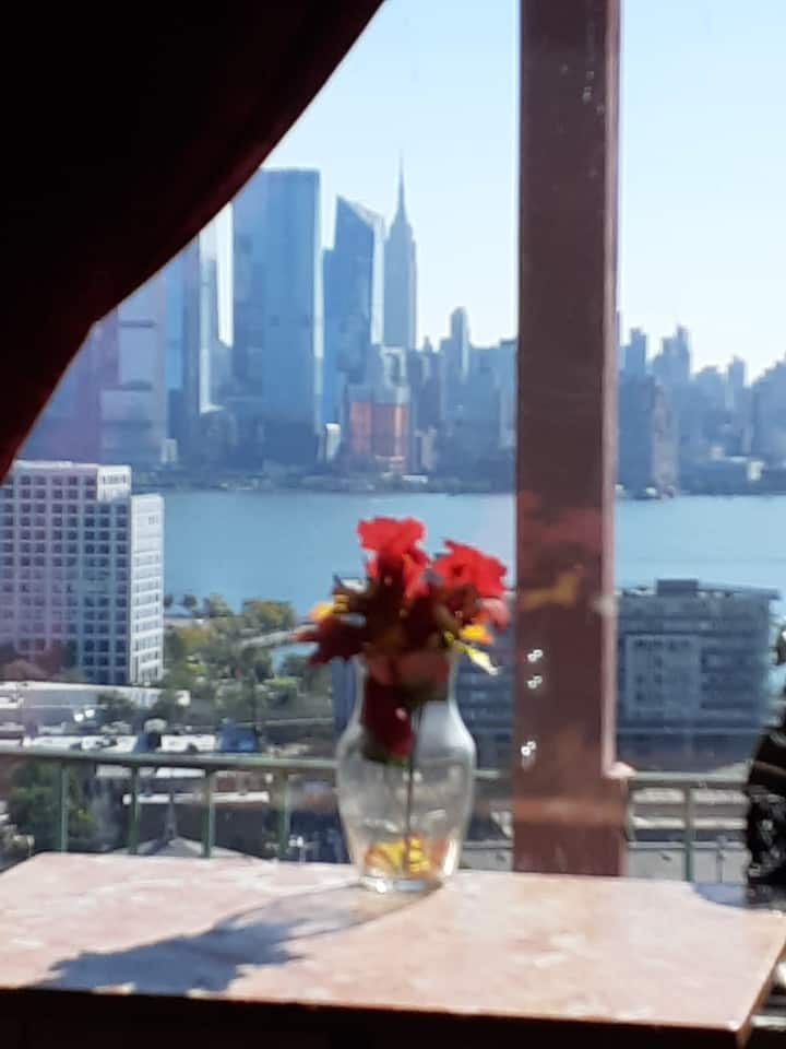 Amazing skyline view NYC, and rustic surroundings!