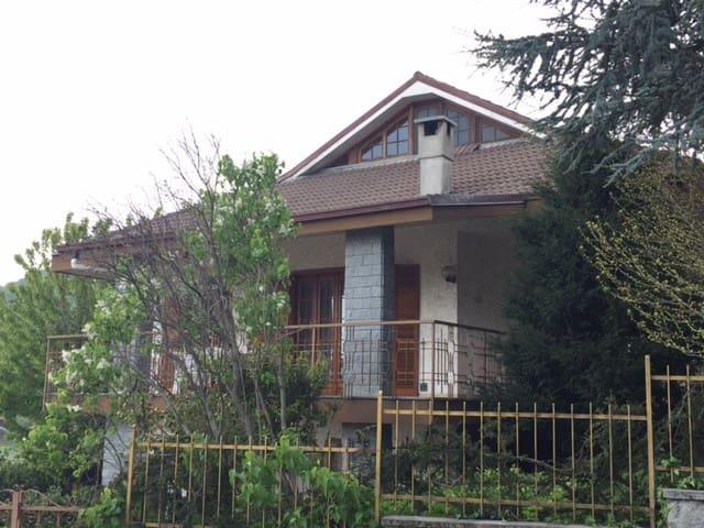 Villa Enza - Borgata Molino - Daire