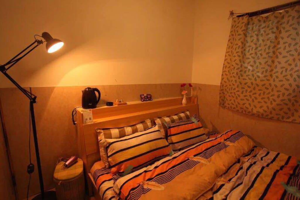 登巴小院的榻榻米大床房