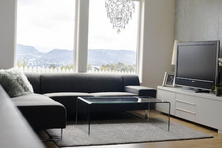 Beautiful and modern apartment with a great view - Bergen - Apartmen