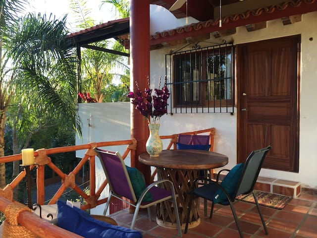Private Paradise Close to the Beach, Town and Food - Lo de Marcos - บังกะโล