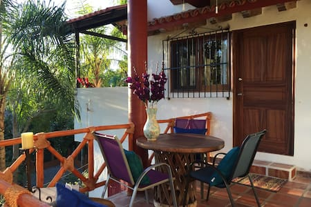 Private Paradise Close to the Beach, Town and Food - Lo de Marcos - Bungalou