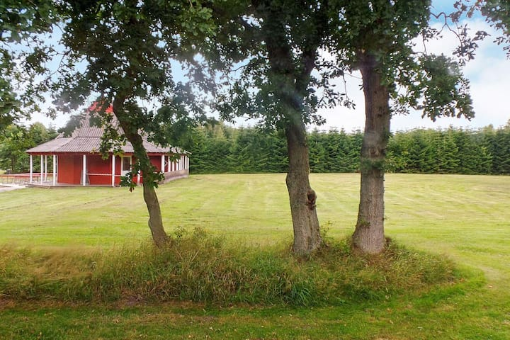Garden-view Holiday Home in Jutland with Terrace