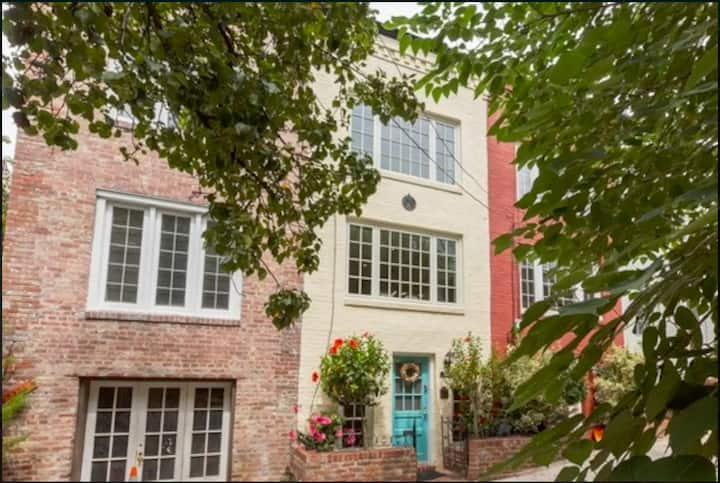 Historic Charm in the Heart of Georgetown