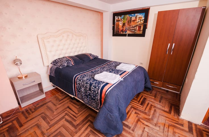 "Lovely apartment 3 min walking to ""Plaza de armas"""