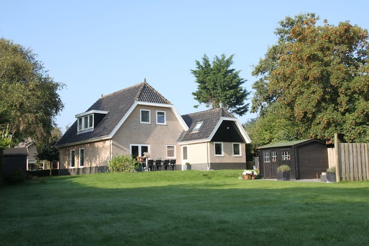 Modern Villa in Groet with Garden