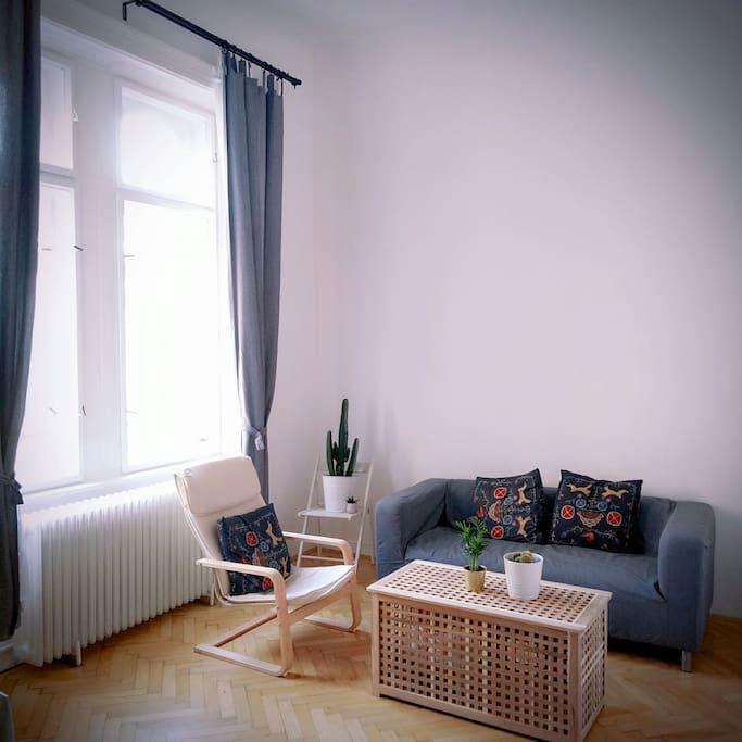 明亮舒适的客厅