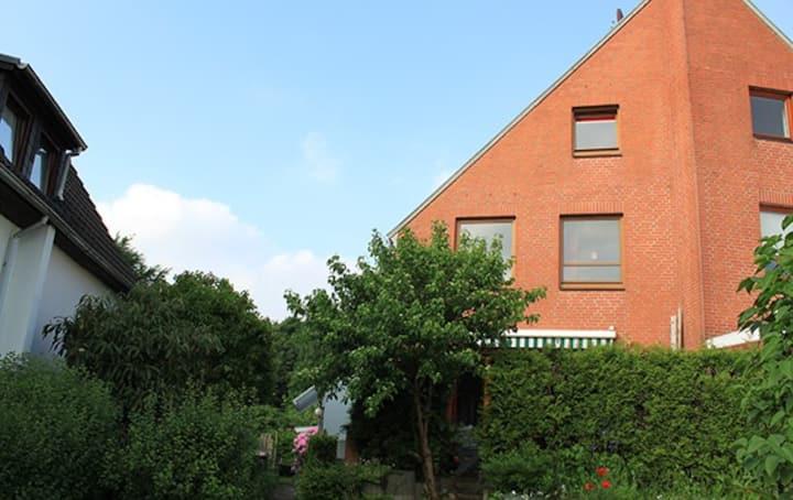 Green family base for Hamburg city