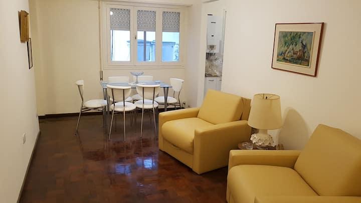 Departamento de 2 ambientes, centro de Rosario