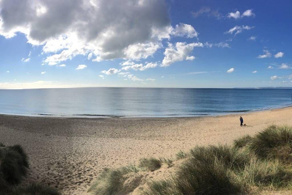 The beach at Hengistbury Head