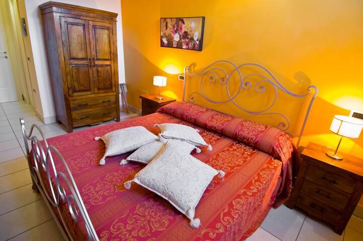 B&B La Casa del Palombaro camera per 1/ 2 pax - Villa Deo-villa Panaro - Bed & Breakfast