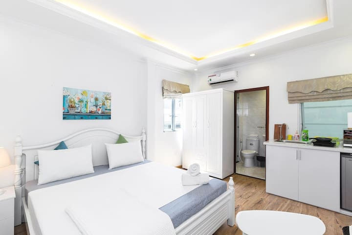 Serviced Apartment Center District 1 Near Bui Vien