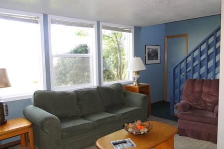 Chalet # 7- A frame cabin - Ocean Shores