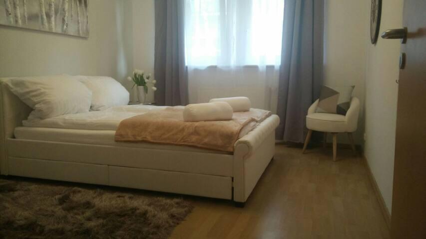 Ruhiges Zimmer in Friedrichshain