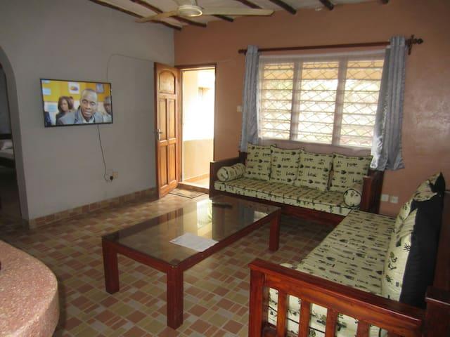 Delina 2 bedrooms