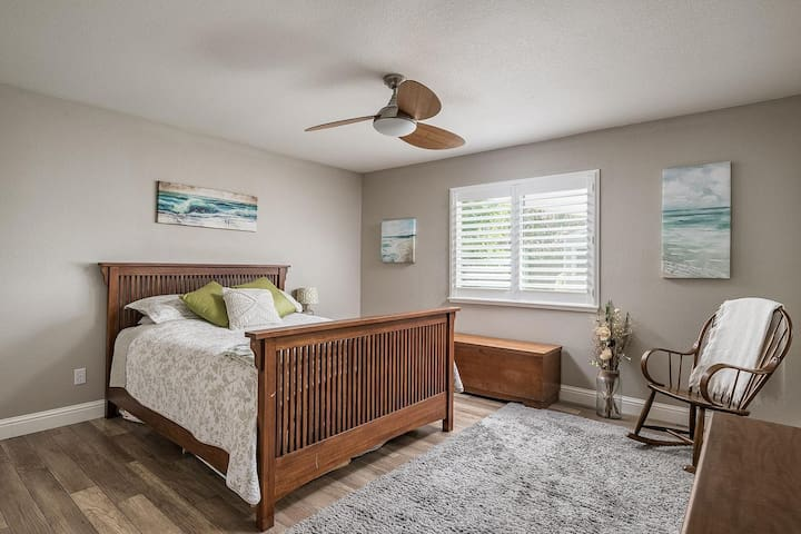 ROCKLIN HOME, CLEAN, MODERN & COMFORTABLE