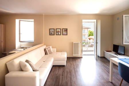 Appartamento Tirano..