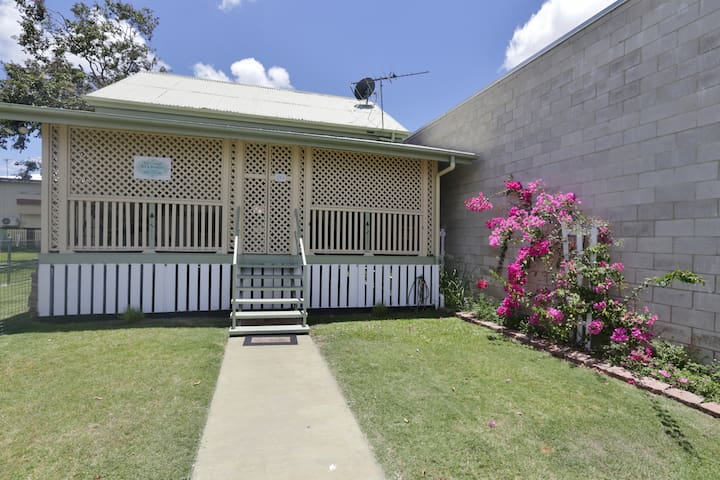 Kylie's Cottage in Rockhampton's City Centre