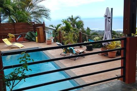 Villa piscine vue mer exceptionnelle - Villa