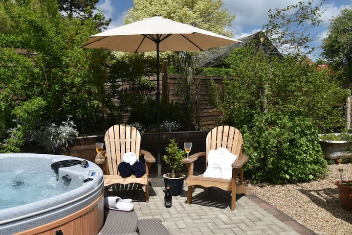 Relax and unwind in the beautiful Kent countryside