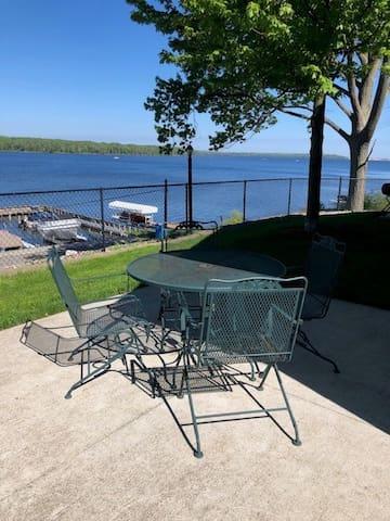 Sauble Resort on Hamlin Lake - cottage 22