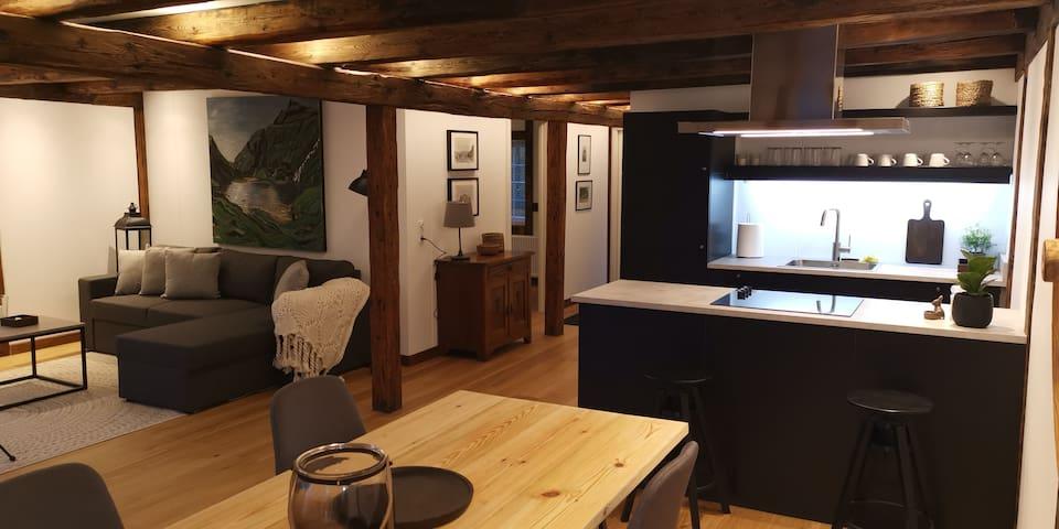 Løðupakkhúsið - Historical Warehouse - Mid Floor