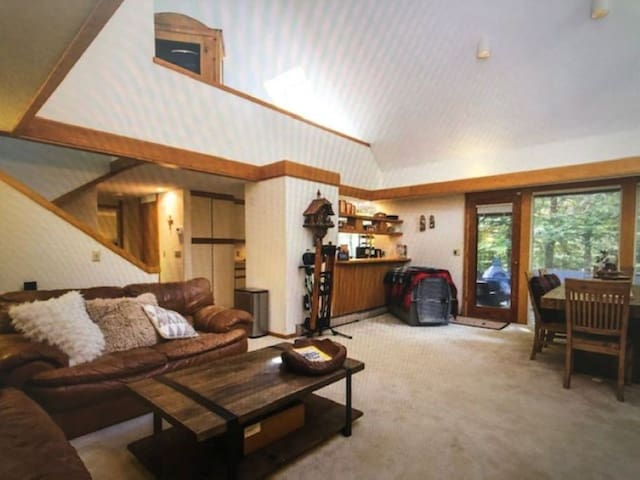 Stratton Mountain, fully equipped 4 bedroom condo