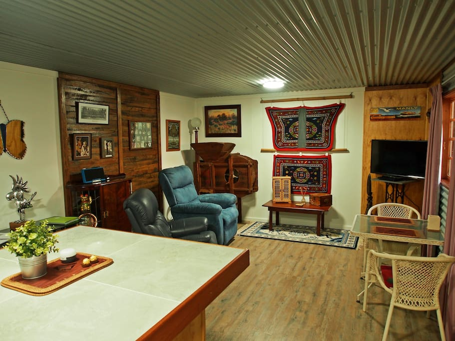 """Been looking for somewhere special to stay? Your search is over. """"A gorgeous cabin in what would have to be one of Australia's most beautiful places."""" - Will"""