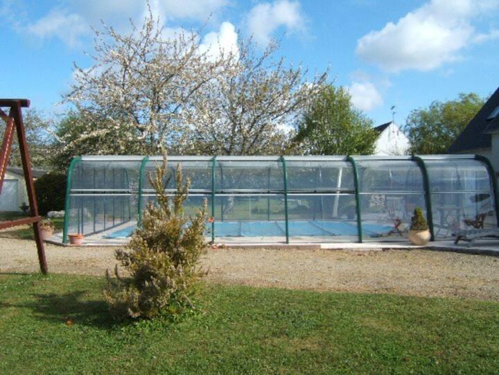 Appart. spacieux  avec piscine privée couverte 3*