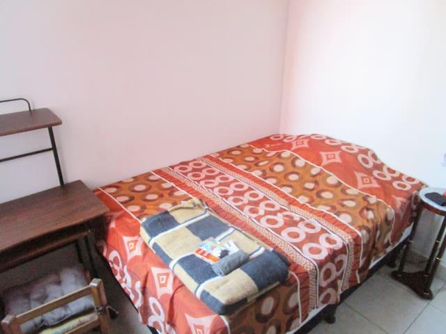 Cómoda habitación para pleno descanso en Zona 14