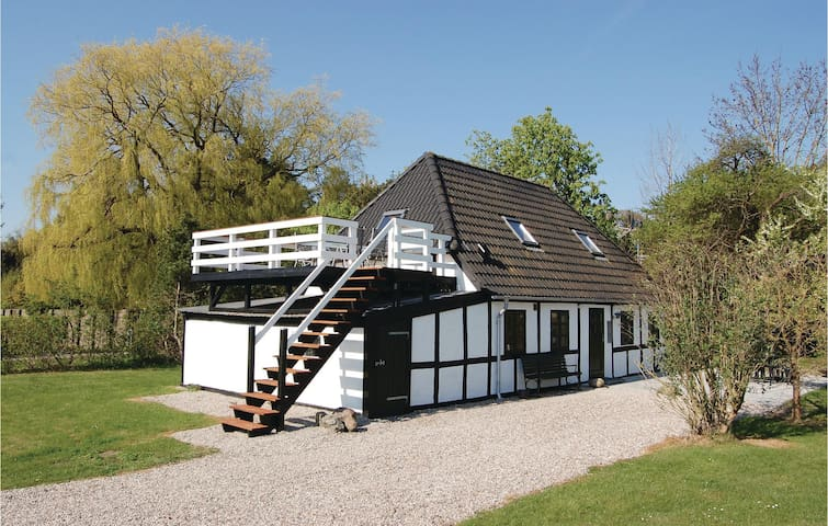 Holiday cottage with 2 bedrooms on 106 m² in Rudkøbing