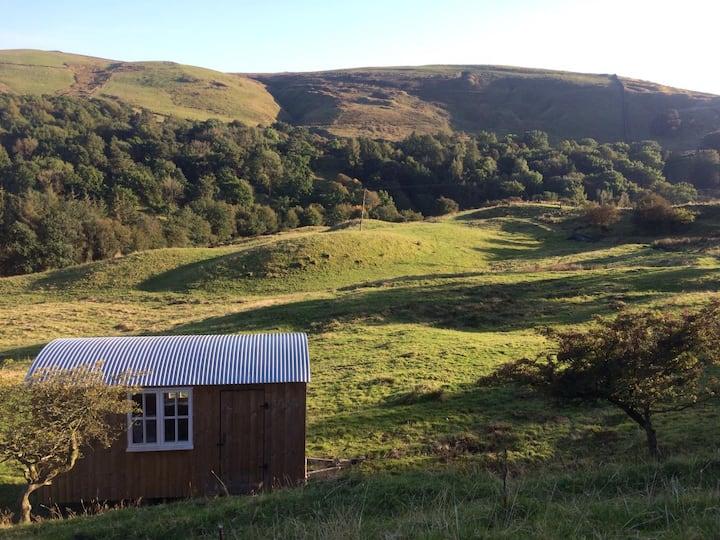 Pennine Rustic Shepherd Hut (totally isolated)