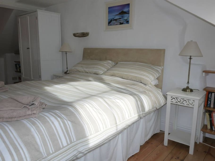 Large double room on the top floor