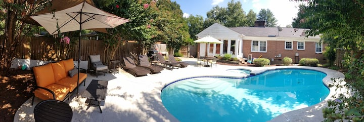 Great Location/Pool/Hot Tub *NO PARTIES*