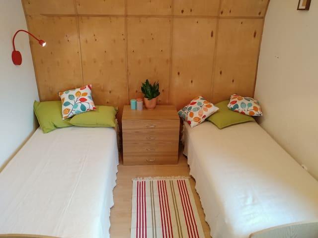 Mniejszy pokój (dla dwóch osób)