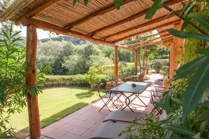 Peace and quiet in the midst of untouched nature - Casa Verde with Wi-Fi and Terrace, Parking Available