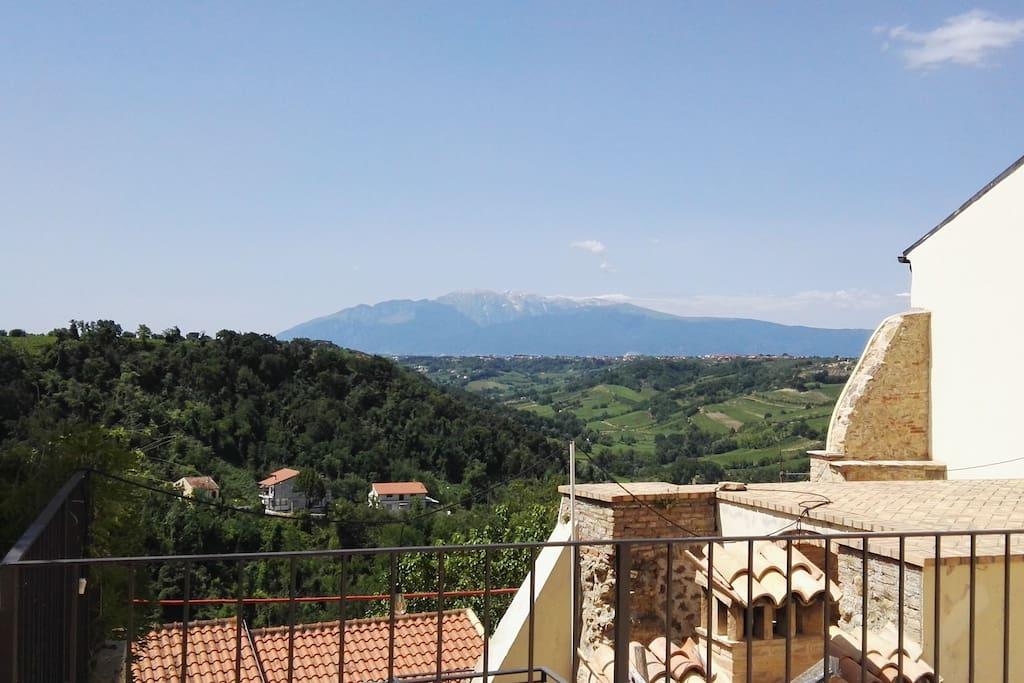 Rocca Ventosa: Vista sulla Majella