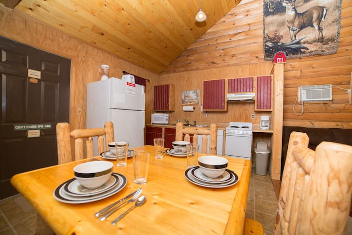 White Tail Cabin - Bruceton Mills - Cottage