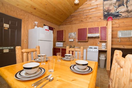 White Tail Cabin - Bruceton Mills - Chalet