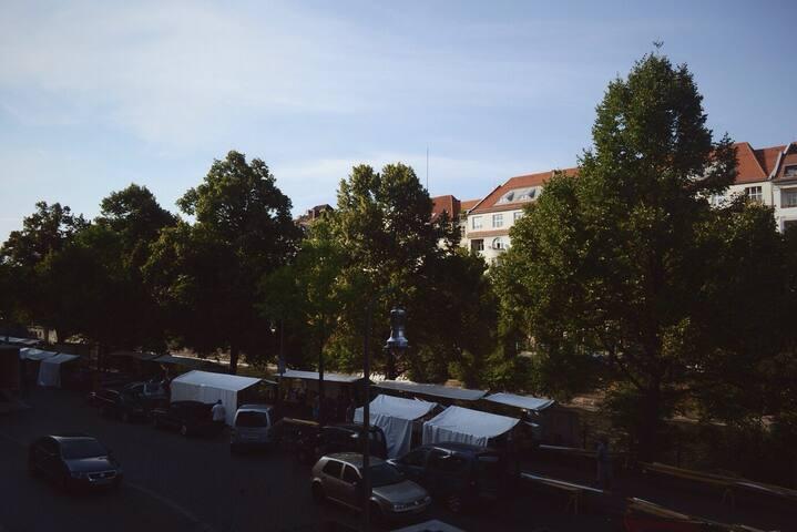 *sunny room in the heart of Xberg** - Berlin - Bed & Breakfast