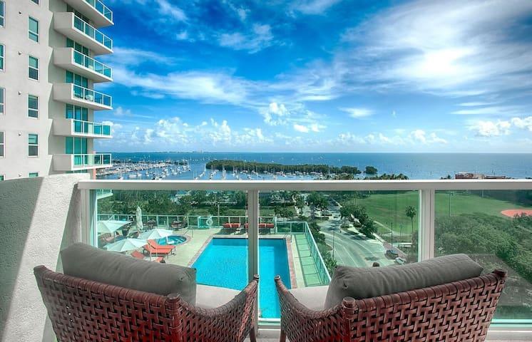 OCT SALE $189 2BD/2.5BA @ HOTEL ARYA - BAY VIEWS !