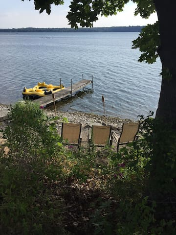 Original Homestead on Owasco Lake - Auburn - Apartment