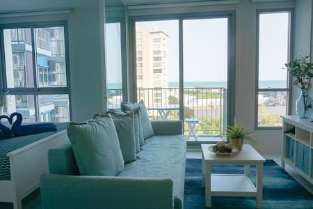 Blu Condo Cha-am: 1-Bedroom Apartment with Seaview