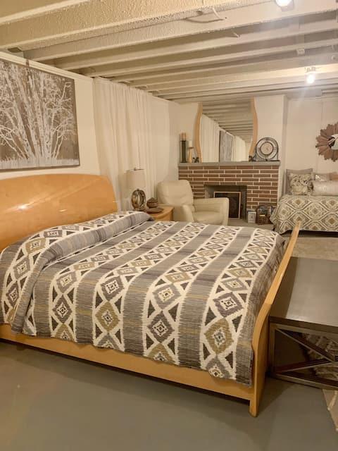Kalamazoo Guest Suite