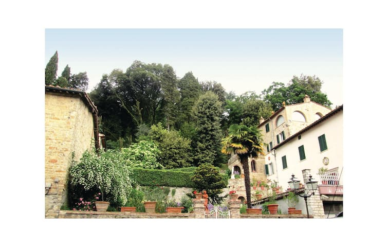 Holiday apartment with 2 bedrooms on 120 m² in Castelnuovo V.C (PI)