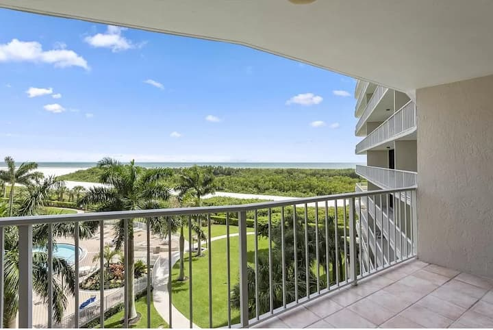Marco Island ocean front condo with amazing views