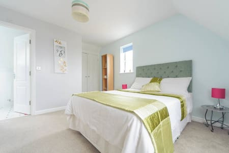 Delightful Cosy Double Room in Lincolnshire - Grantham - Rumah