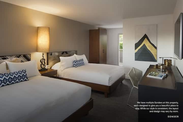 Sonder | Double Room in Palm Springs
