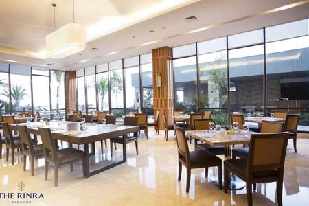 Fancy Room Deluxe At Makassar